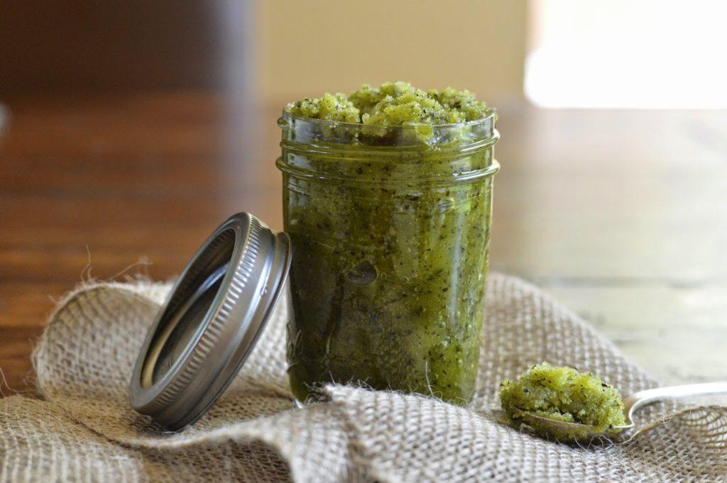 Сахарный скраб с зеленым чаем