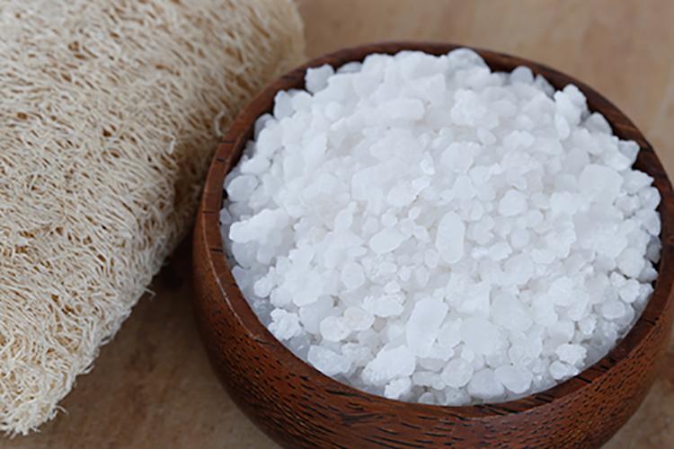 Как применяют соль Мертвого моря